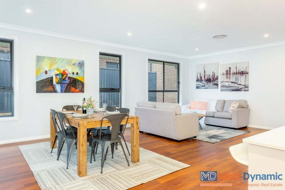 49 Robin Boyd Crescent, Taylor ACT 2913, Image 2