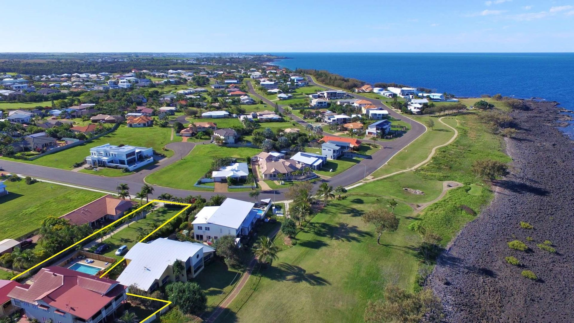 156 Barolin Esplanade, Coral Cove QLD 4670, Image 2