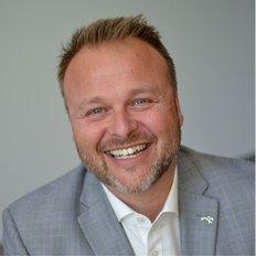 Stevan Vuk-Luboya, Sales representative