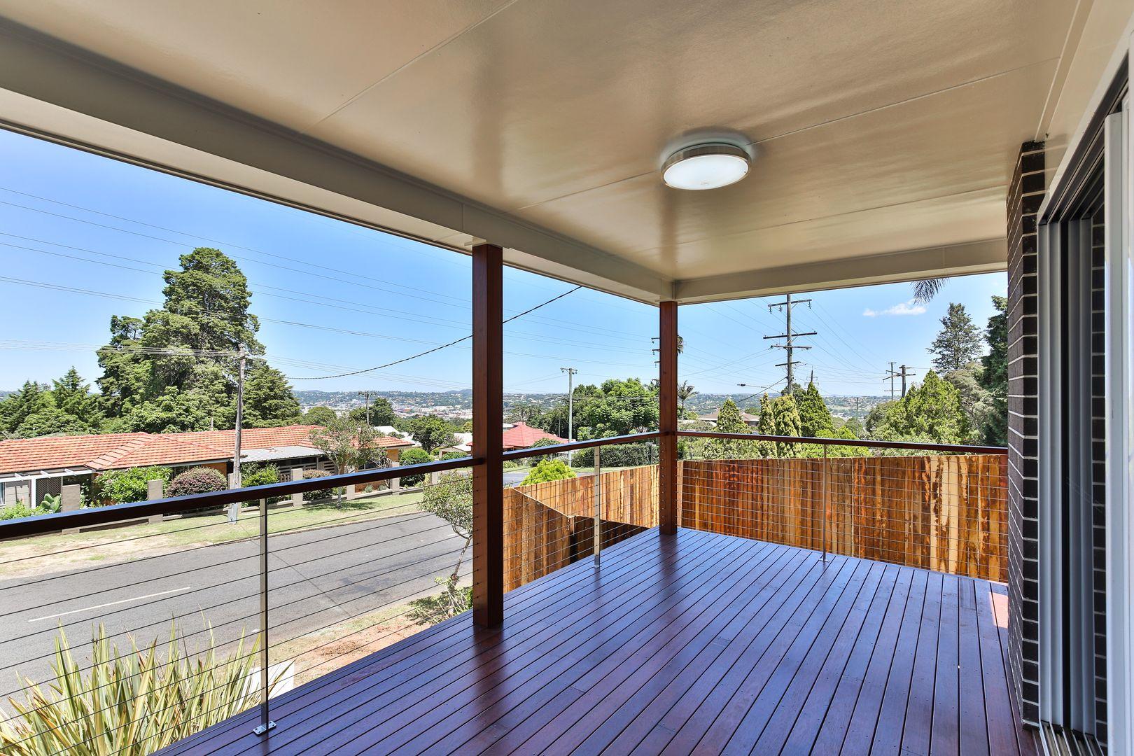 21c North Street, Mount Lofty QLD 4350, Image 2