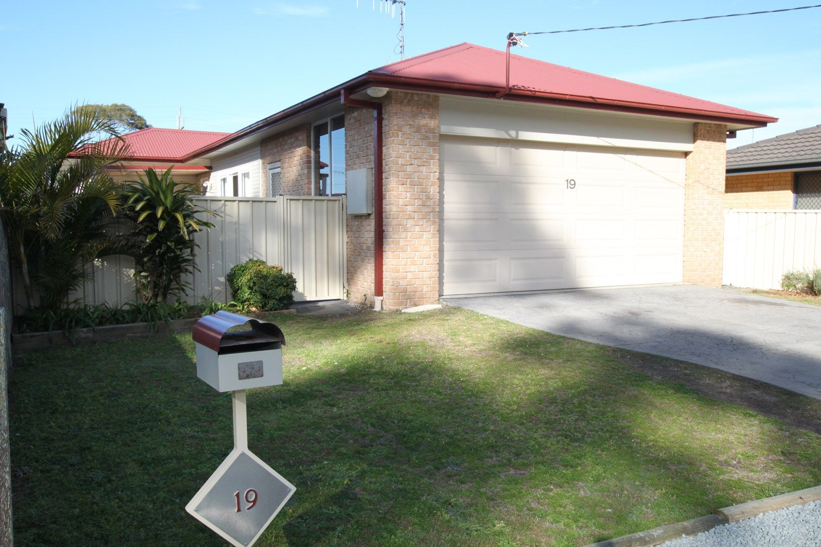 19 Tuncurry Lane, Tuncurry NSW 2428, Image 0