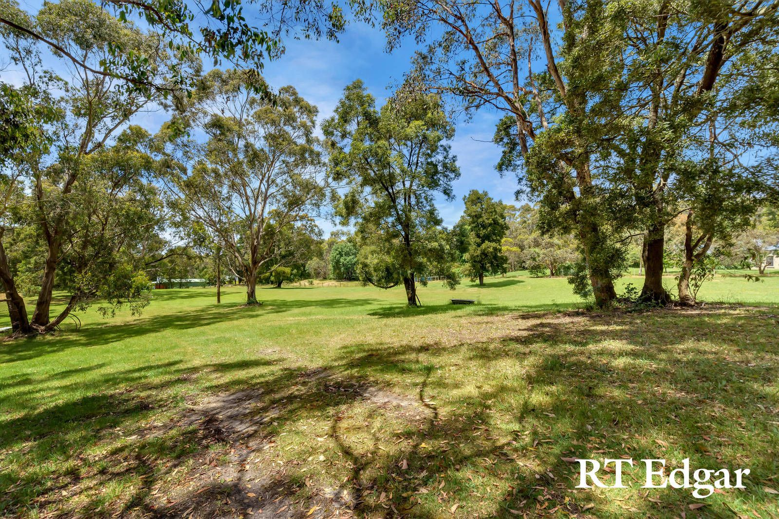 888 Black Forest Drive, Woodend VIC 3442, Image 0