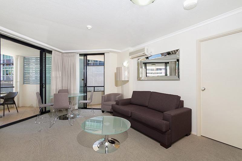 207/220 Melbourne Street, South Brisbane QLD 4101, Image 2