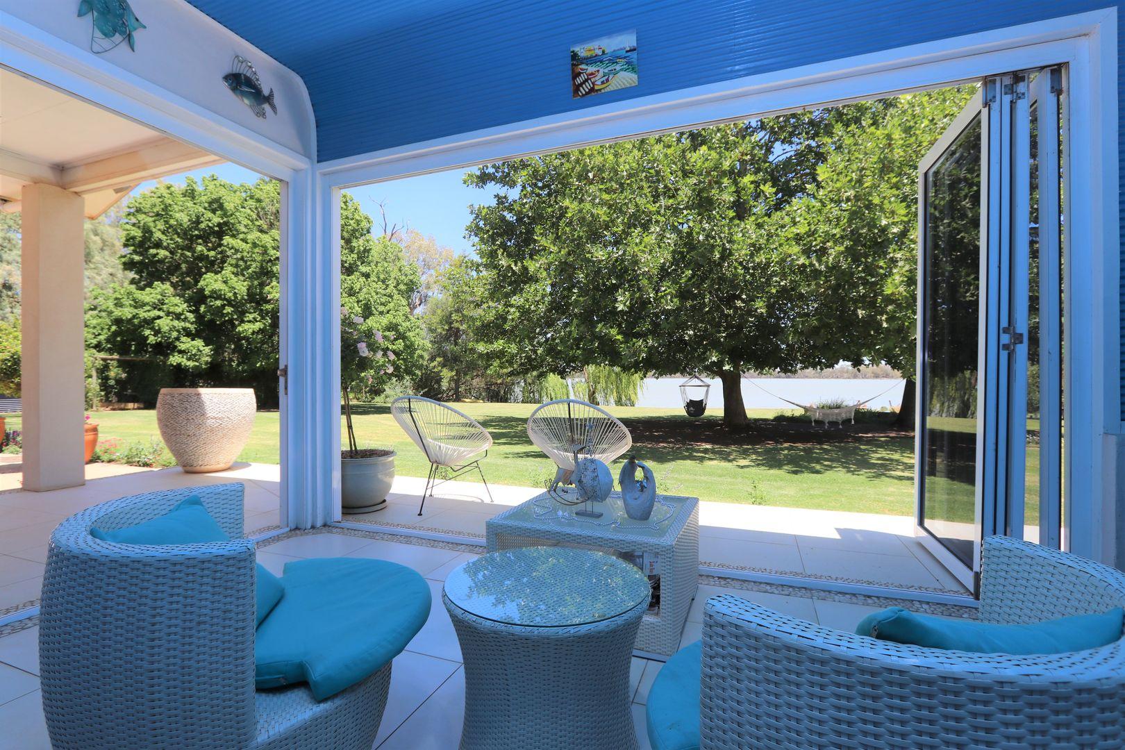 291 Curlew Road, Lake Cargelligo NSW 2672, Image 2