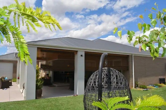 Picture of 18 Burgundy Drive, MOAMA NSW 2731