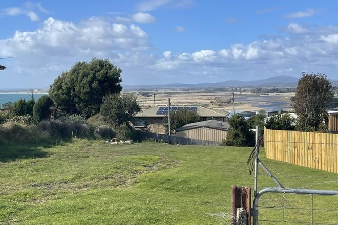 Picture of 13 Flinders Lane, BRIDPORT TAS 7262