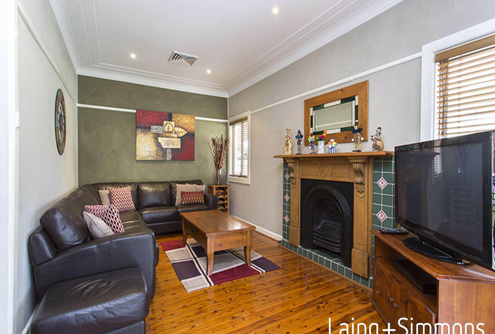 31 Fulton Avenue, Wentworthville NSW 2145, Image 2