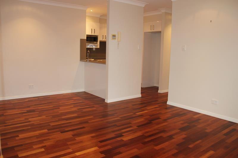 3/90 Charlotte Street, Paddington QLD 4064, Image 2