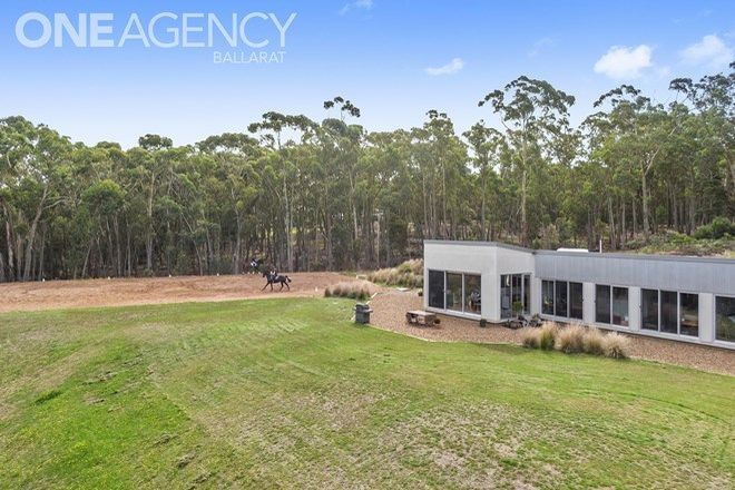Picture of 3 Isla Court, GLEN PARK VIC 3352