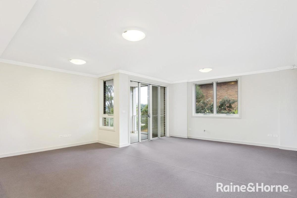 35/11 Garthowen Crescent, Castle Hill NSW 2154, Image 1