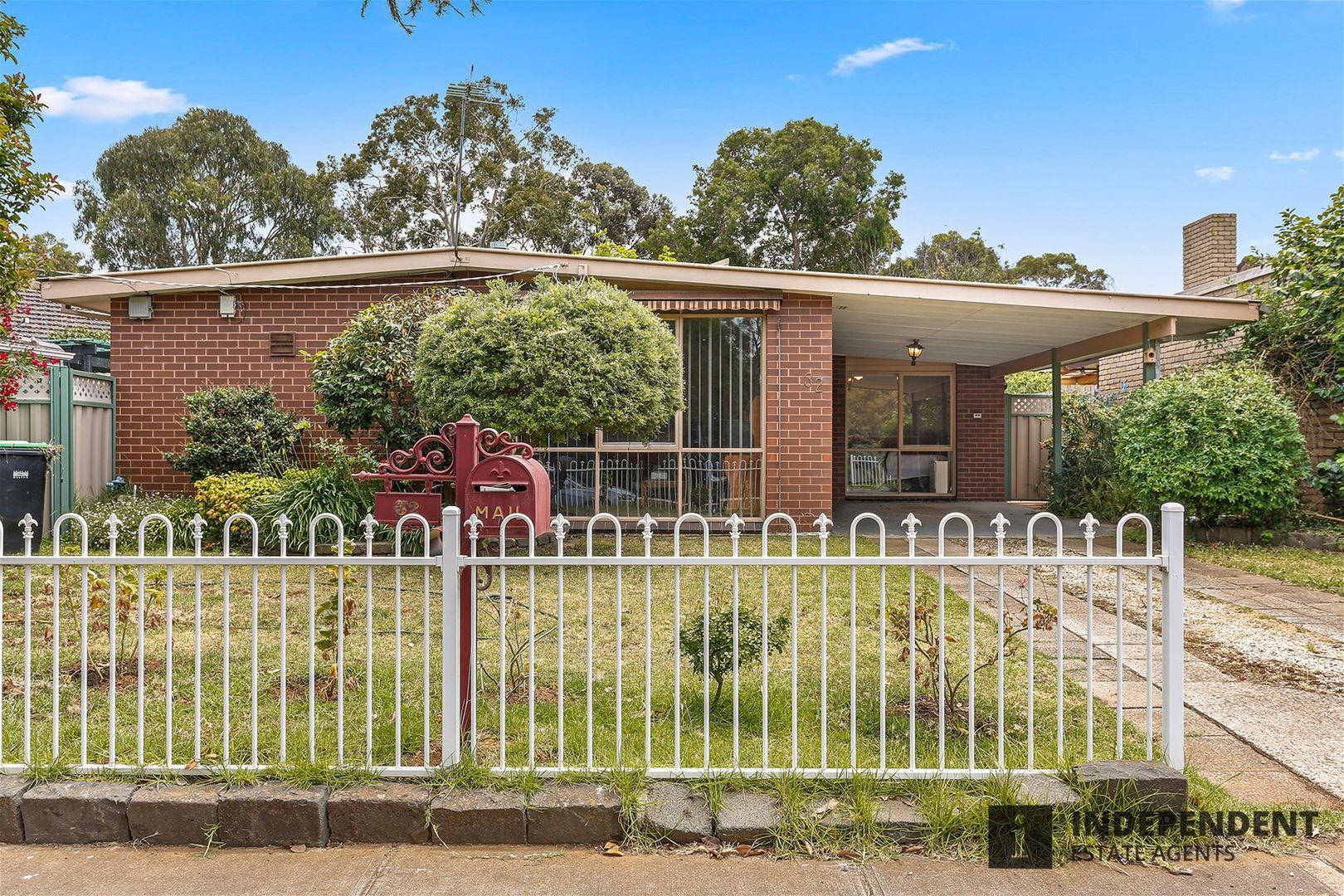 32 Manson drive, Melton South VIC 3338, Image 1