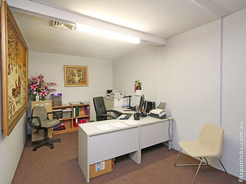 12 Docker Street, Wagga Wagga NSW 2650, Image 2