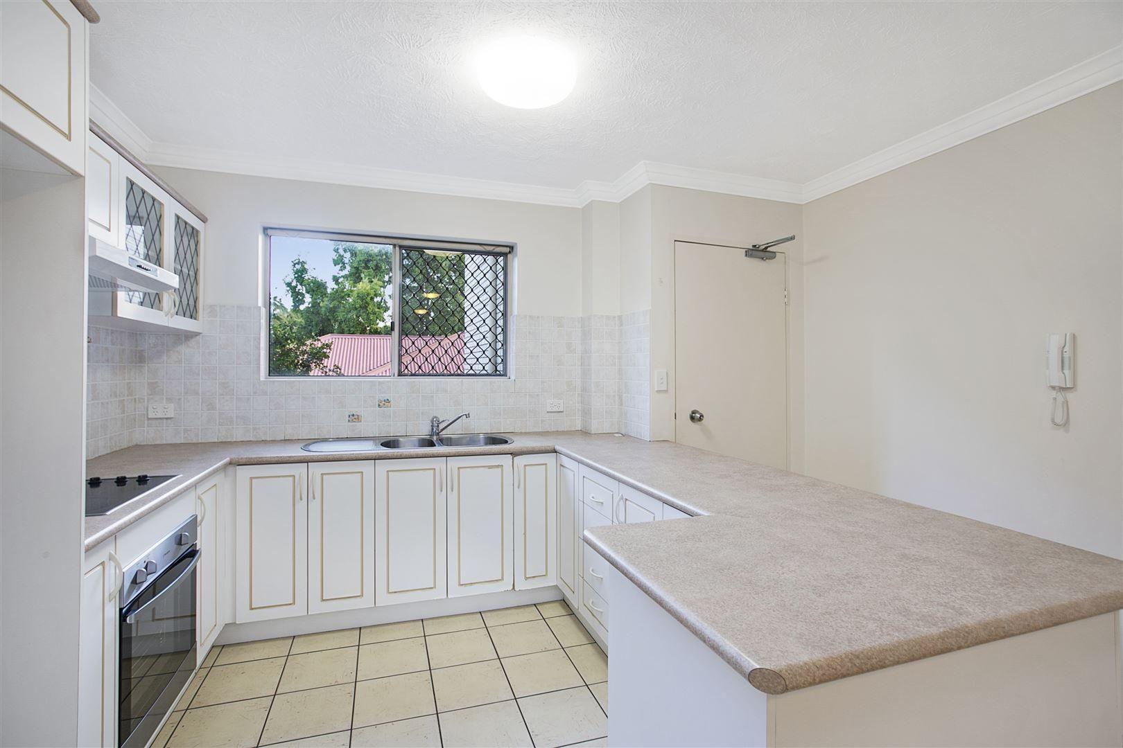 6/38 Joffre Street, Coorparoo QLD 4151, Image 0