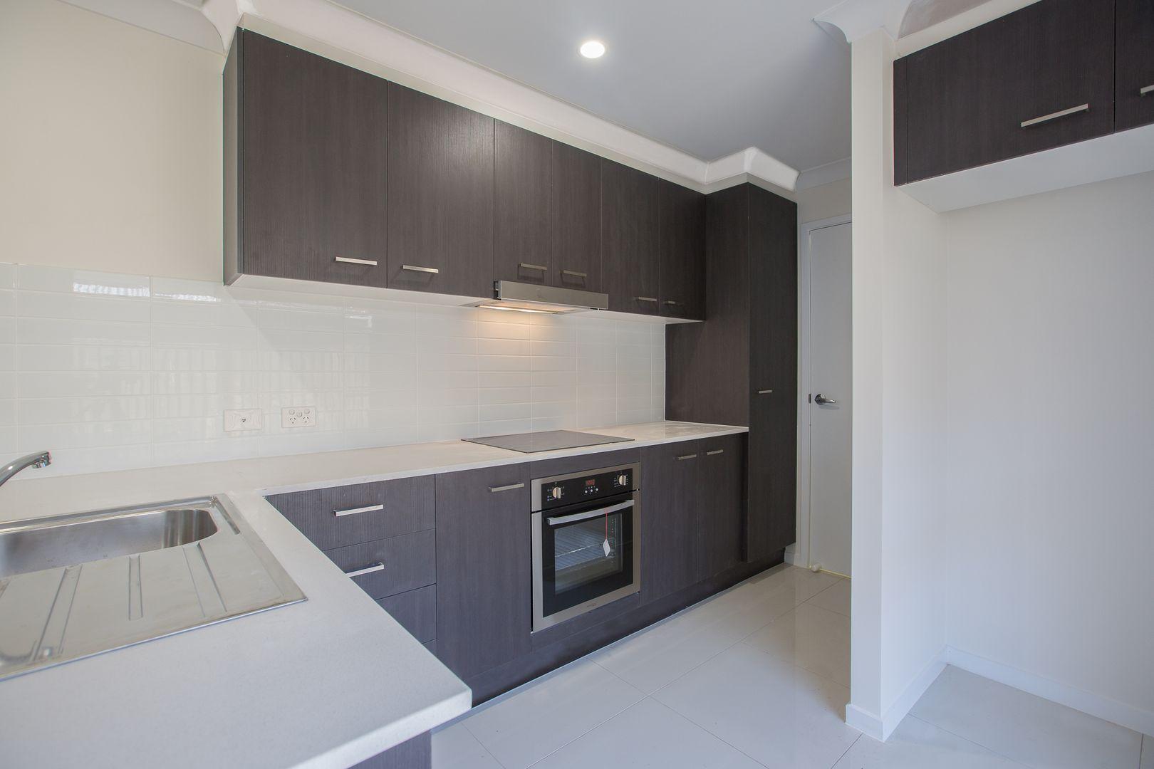 2/6 Miamax Place, Logan Reserve QLD 4133, Image 1