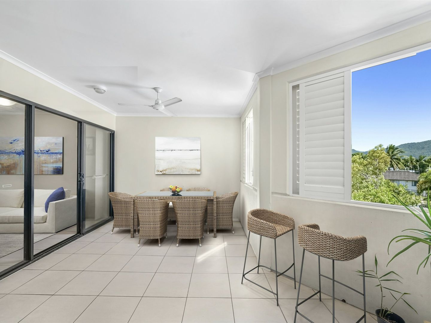 218/92 Digger Street, Cairns North QLD 4870, Image 1