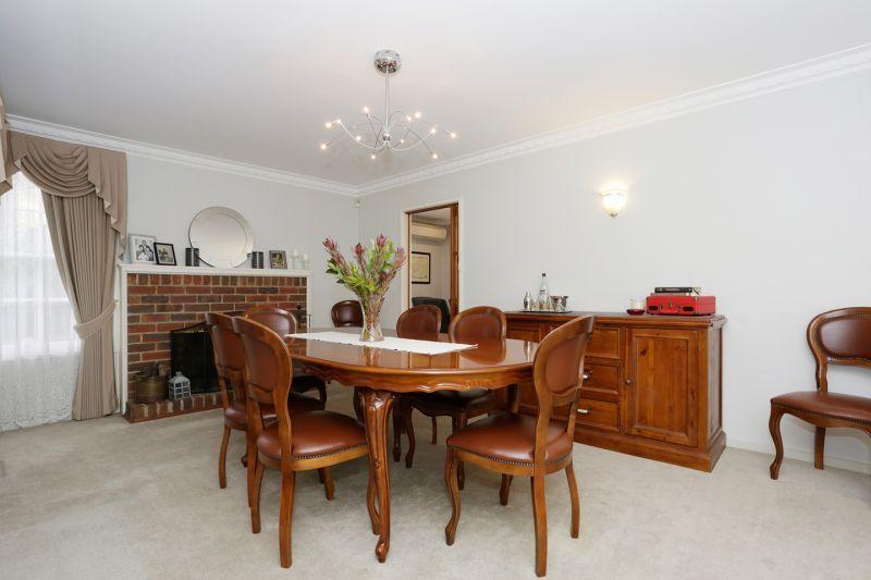 254 Highbury Road, Mount Waverley VIC 3149, Image 2