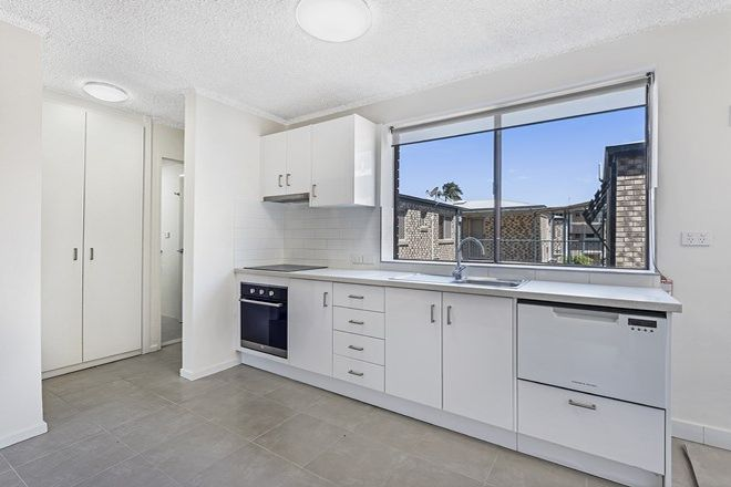 Picture of 2/65 Jellicoe Street, COORPAROO QLD 4151