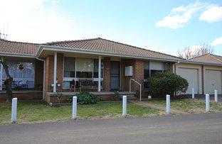 Picture of 2/96 AUTUMN STREET, Orange NSW 2800