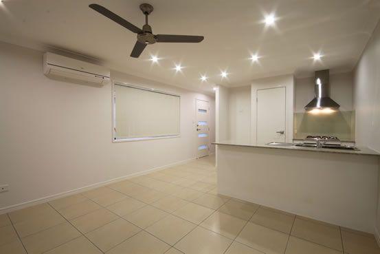 2/6 Adam Court, Kallangur QLD 4503, Image 0