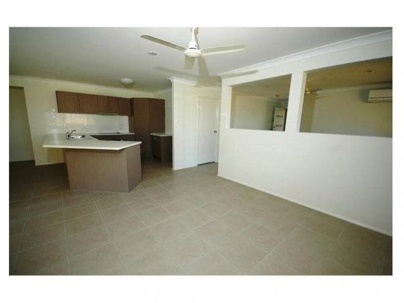 23 Statham Ct, Redbank Plains QLD 4301, Image 2