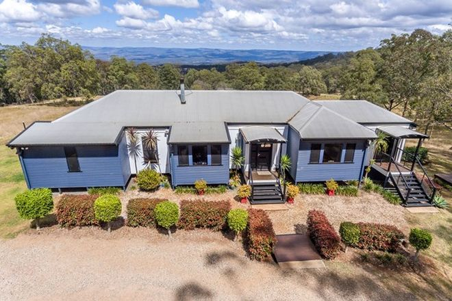 Picture of 31 Palmtree Road, RAVENSBOURNE QLD 4352
