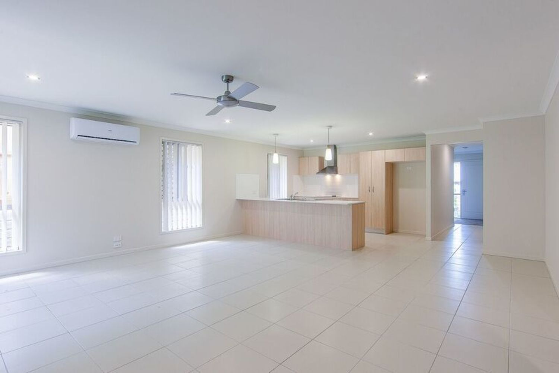 124 Sovereign Drive, Deebing Heights QLD 4306, Image 1