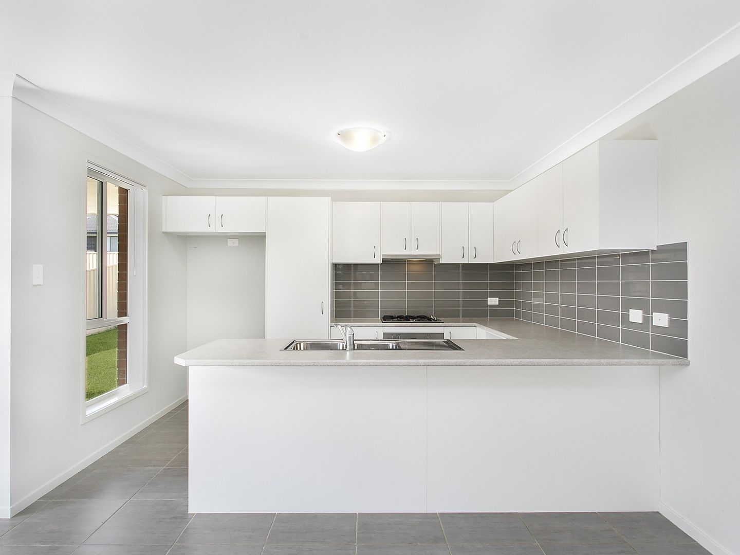 17a Alfred Street, Morisset NSW 2264, Image 2