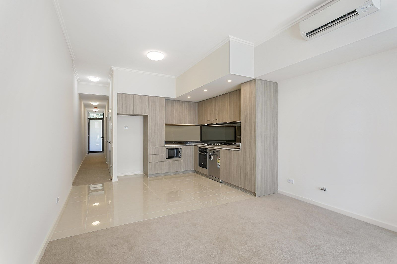 229/5 Vermont Crescent, Riverwood NSW 2210, Image 2