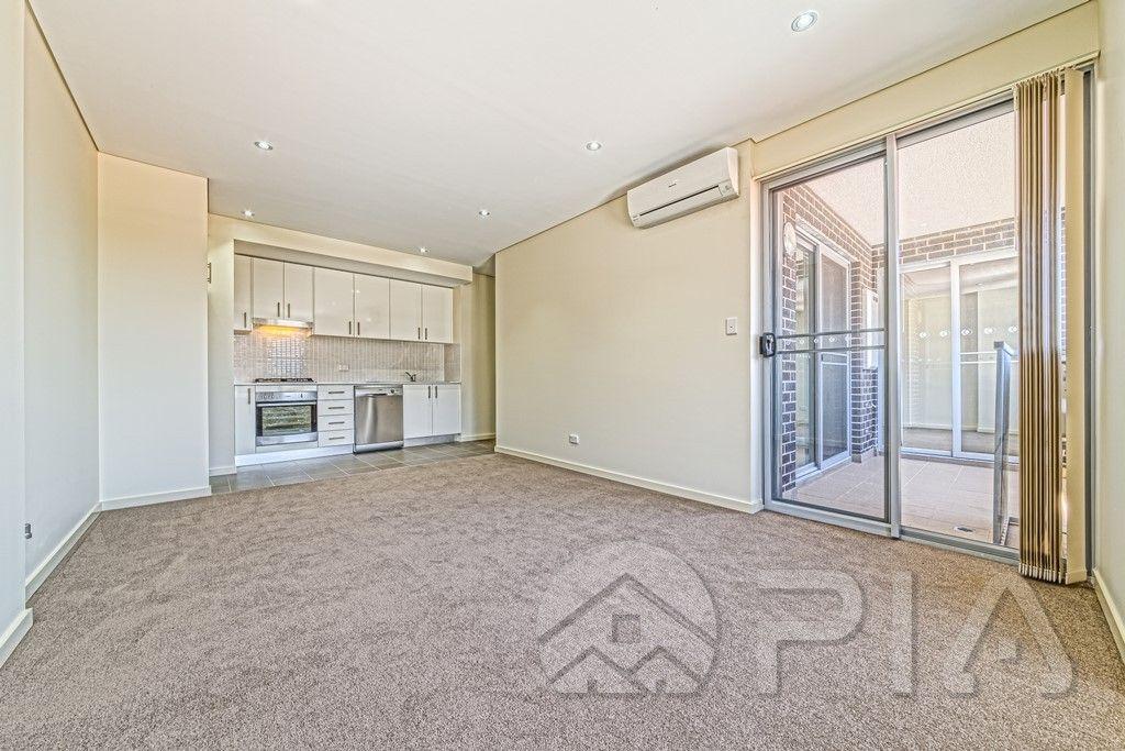 11/4 Peace Lane, Parramatta NSW 2150, Image 1