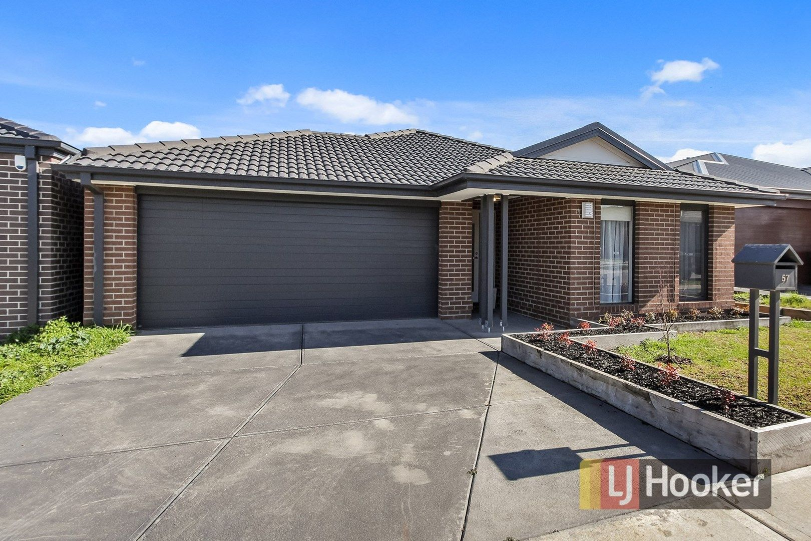 57 Spearwood Rise, Cranbourne West VIC 3977, Image 0