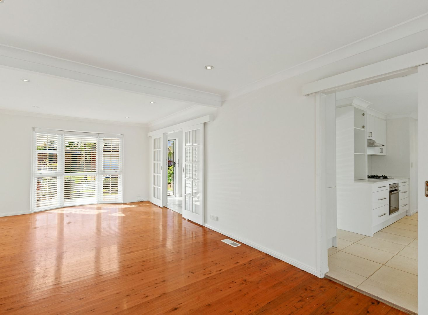 27 Knightsbridge Avenue, Belrose NSW 2085, Image 1