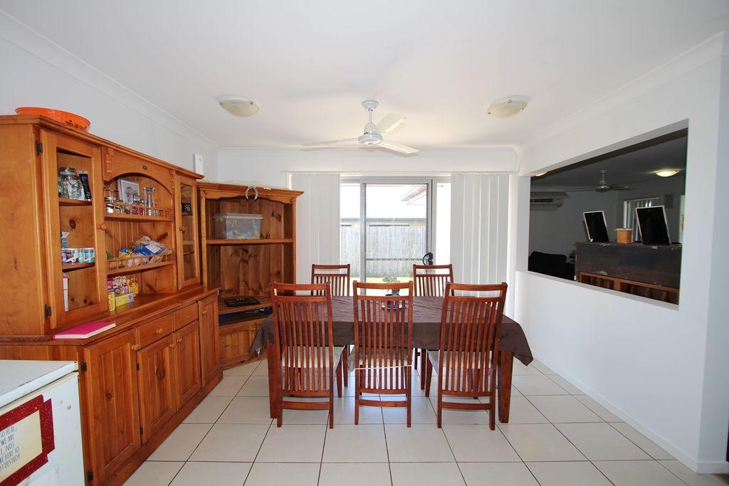 10 Brolga Street, Lowood QLD 4311, Image 2