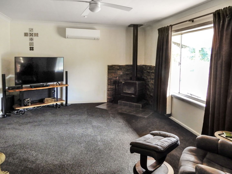 8 Campbells River Road, Black Springs NSW 2787, Image 1