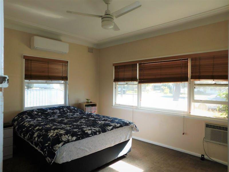 10 Edwards St, Coonabarabran NSW 2357, Image 2
