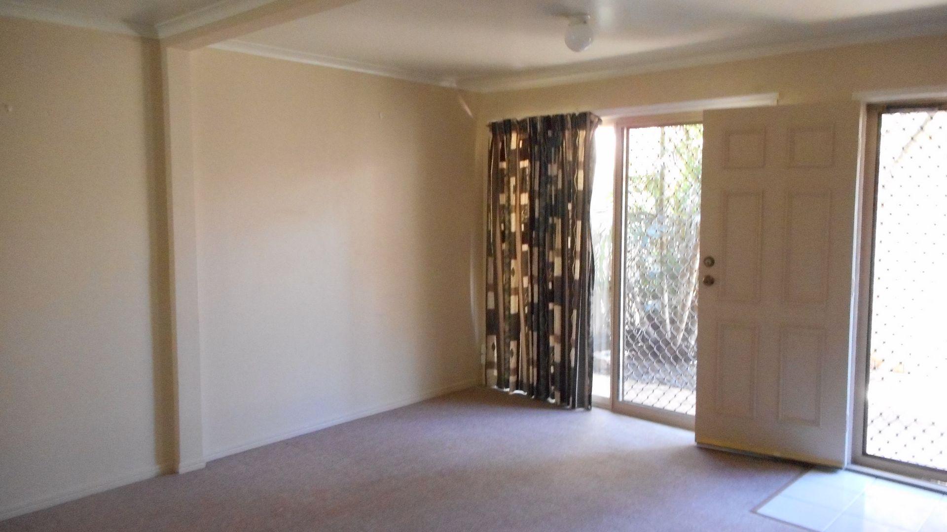 2/43 Maranda St, Shailer Park QLD 4128, Image 1