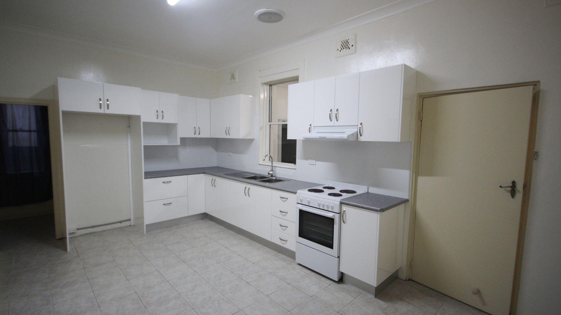 71 Eighth Avenue, Campsie NSW 2194, Image 2