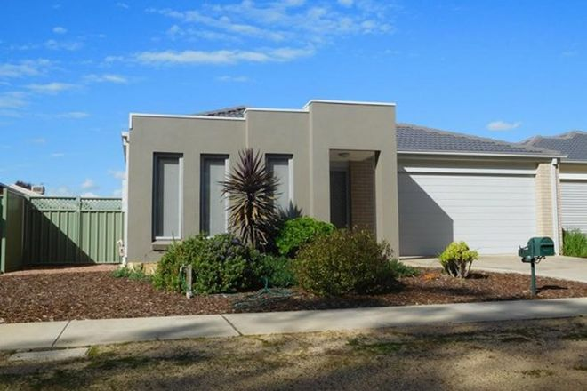 Picture of 17 Sanctuary Boulevard, MAIDEN GULLY VIC 3551