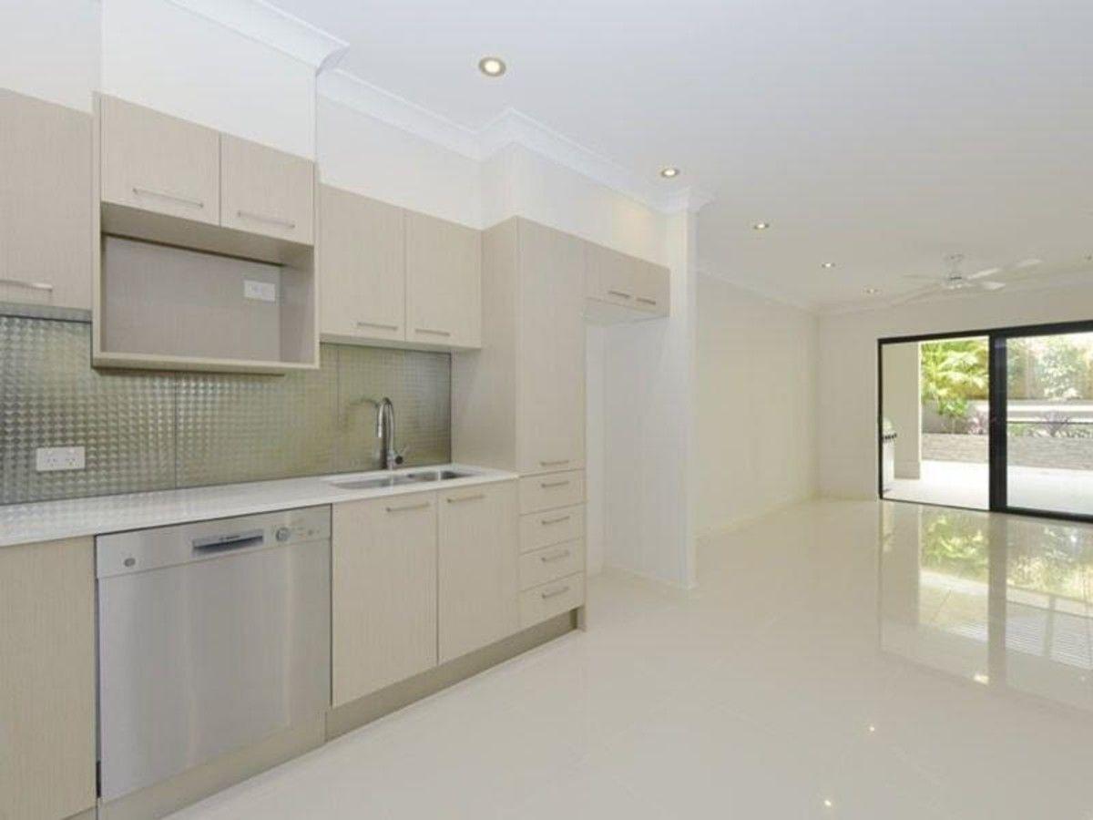 2/255 Wynnum Road, Norman Park QLD 4170, Image 2