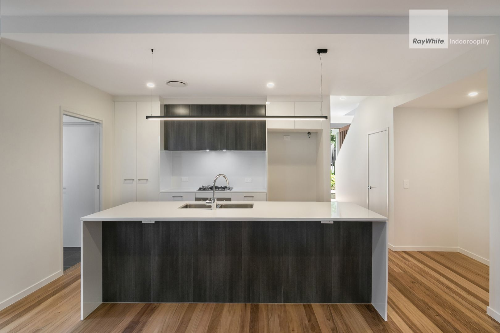 20 Gregory Street, Taringa QLD 4068, Image 2