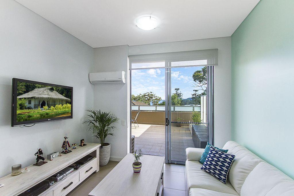 1/10-12 Batley Street, Gosford NSW 2250, Image 2
