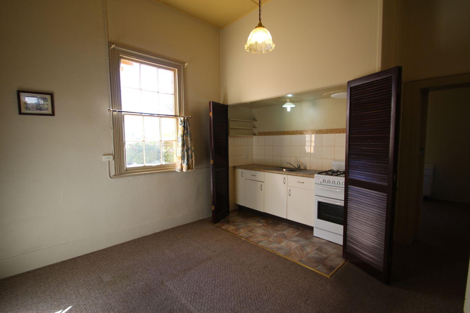 44a Clinton Street, Orange NSW 2800, Image 2