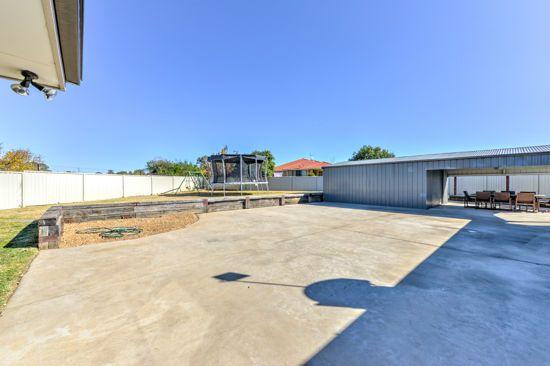 16 Burdekin Place, Tamworth NSW 2340, Image 2
