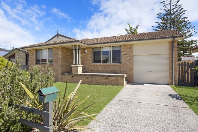 Picture of 53 Bondi Road, THE ENTRANCE NORTH NSW 2261