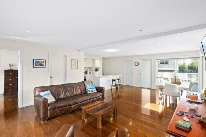 Picture of 1/38a Robertson St, HELENSBURGH NSW 2508