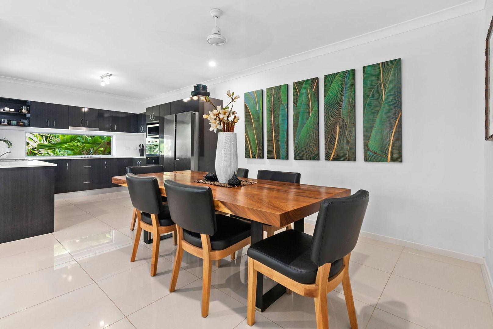 2/165 Greenslopes Street, Edge Hill QLD 4870, Image 2
