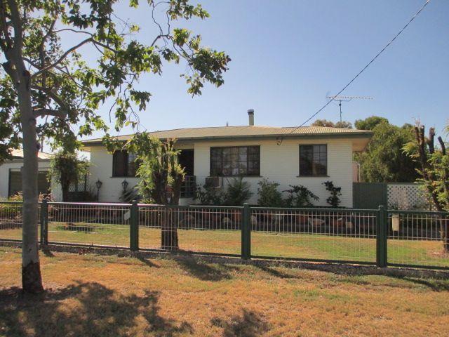 61 BINNIE STREET, Tara QLD 4421, Image 0