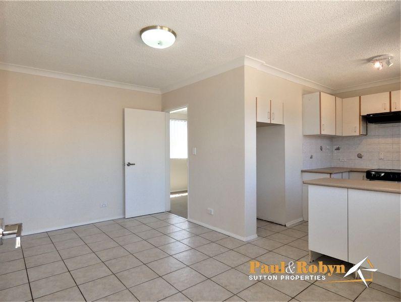 Unit 11/5 Charles Street, Queanbeyan NSW 2620, Image 2