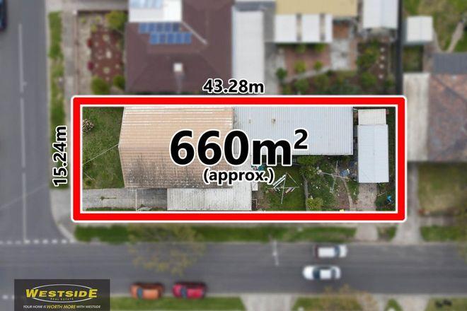 Picture of 48 Avondale Avenue, ST ALBANS VIC 3021