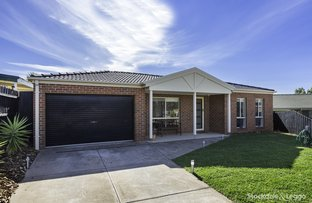 Picture of 16 Peters Close, Bacchus Marsh VIC 3340