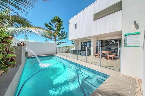 1/2 Richard Street, Emu Park QLD 4710, Image 0
